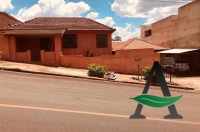 Casa - 2 quartos- centro