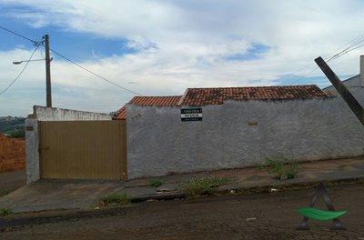 Casa - Térrea 3 quartos Conjunto Universitário Cornélio Procópio