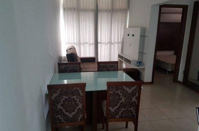 Apartamento - 2 quartos - Av. Duque de Caxias