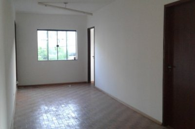 Apartamento - Sobreloja  Centro